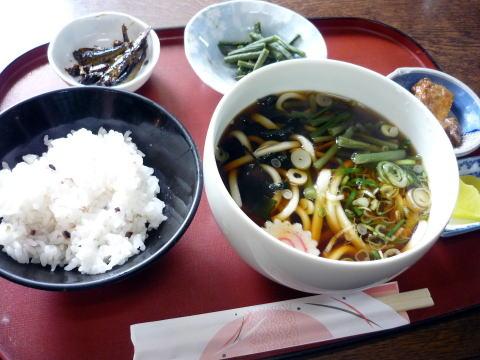 うどん定食(関東)¥850